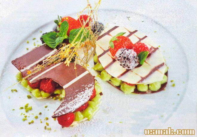 Рецепт Десерт с фисташковым кремом и ягодами