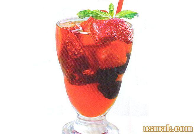 Рецепт Ягодный безалкогольный пунш