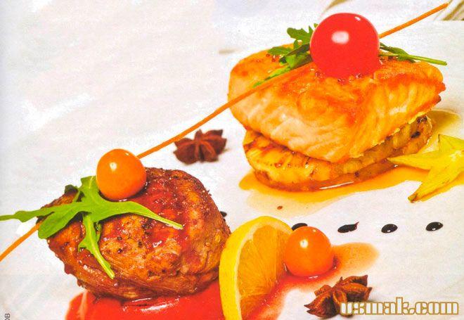 Рецепт Телятина и лосось с ананасом на гриле под соусом из бехеровки