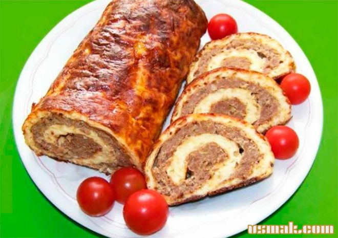 Рецепт Картофельно мясной рулет из свинины с пирожками