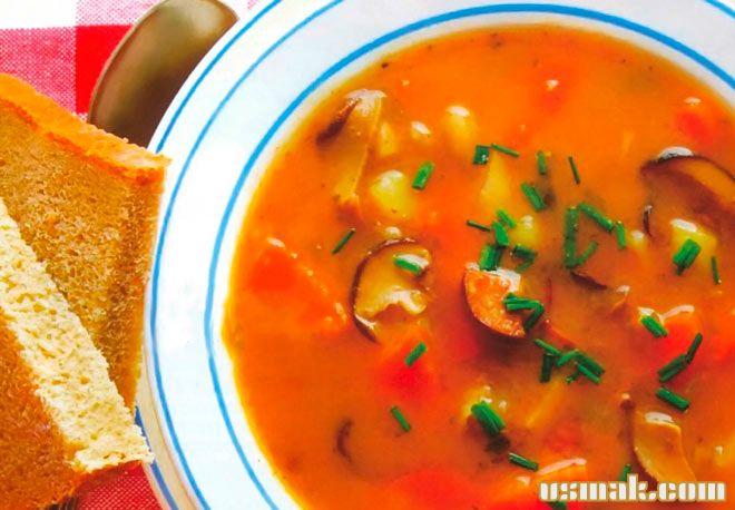 Рецепт Томатный суп с фасолью и грибами