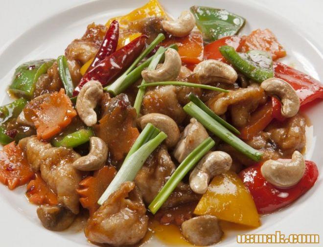 Рецепт Соте из курицы с овощами и орехами кешью