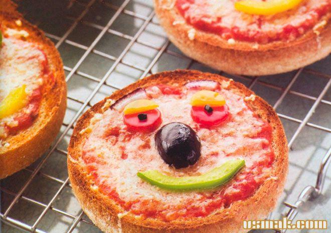 """Рецепт Веселые бутерброды для детей """"Смешные рожицы"""""""