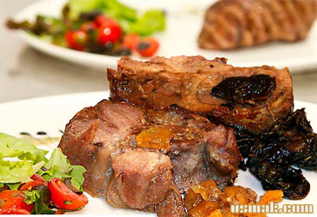 Рецепт Запеченная свиная шейка в духовке в рукаве