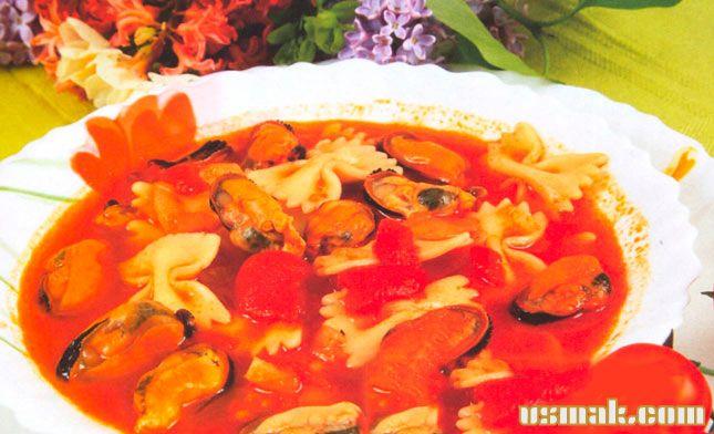 Рецепт Итальянский томатный суп с мидиями