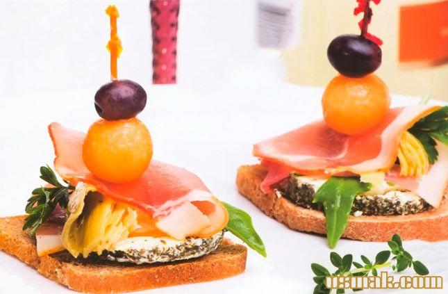 Рецепт Канапе с сыром и ветчиной