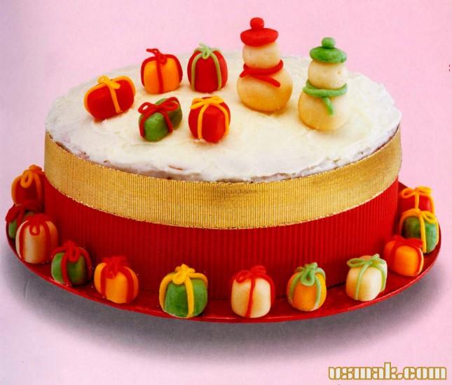 Рецепт Фигурки из марципана для украшения торта