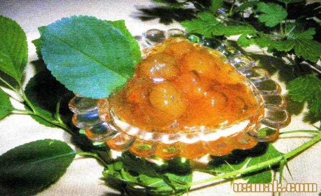 Рецепт Варенья из крыжовника с вишневыми листьями