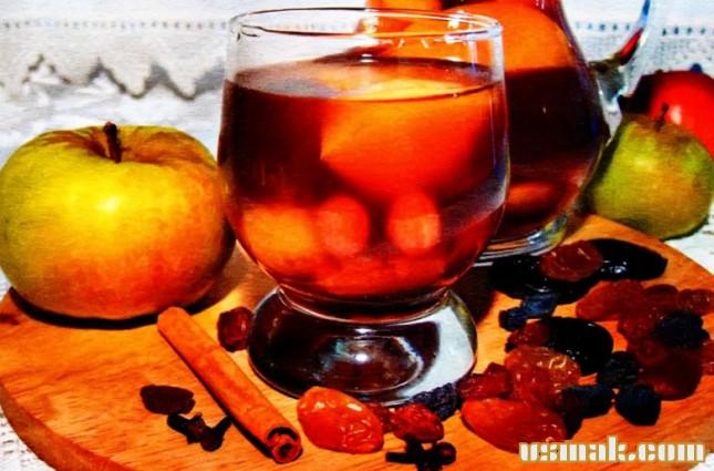 Рецепт Компот из яблок и чернослива