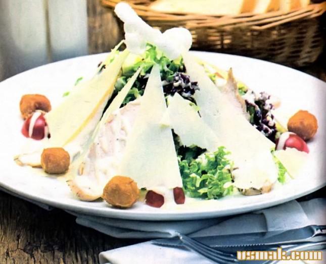 Рецепт Салат из курицы, помидоров, сыра и яиц