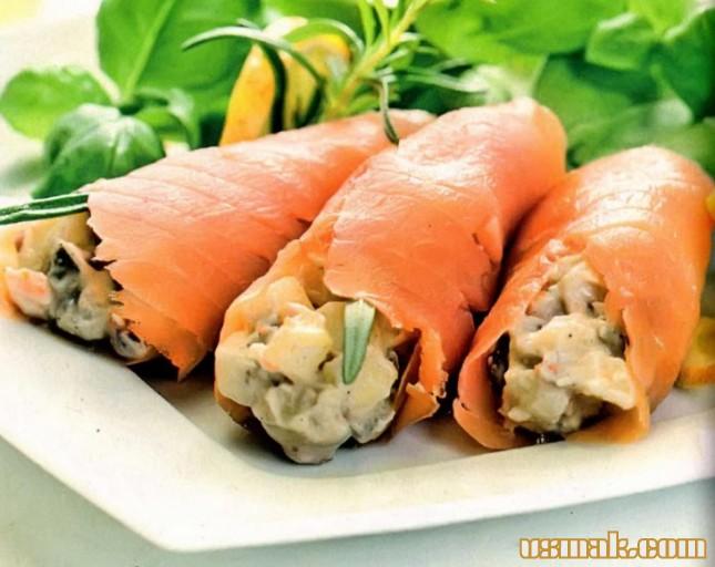 Рецепт Рулетики с лососем