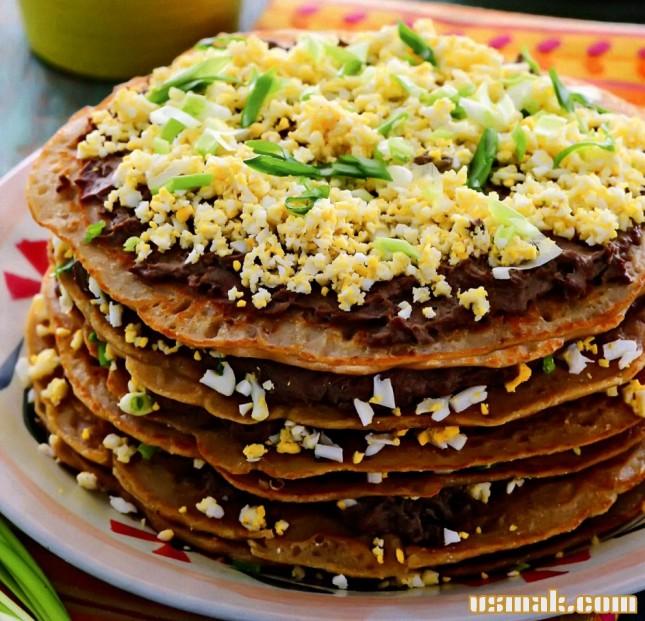 Рецепт Блинный пирог с печенью и яйцом