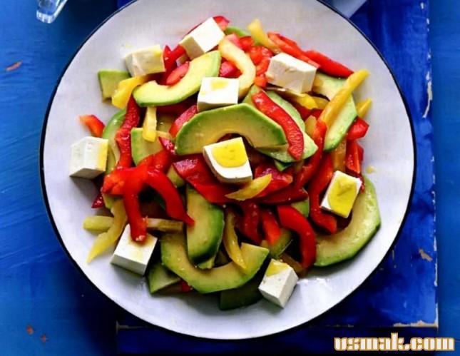 Рецепт Салат с тофу и авокадо