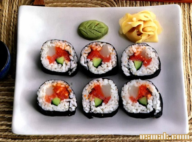 Рецепт Футомаки с лососем и морским гребешком