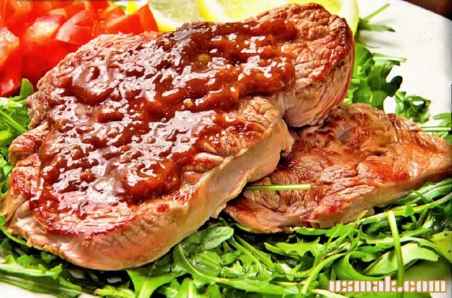 Рецепт Жареная говядина с овощным салатом