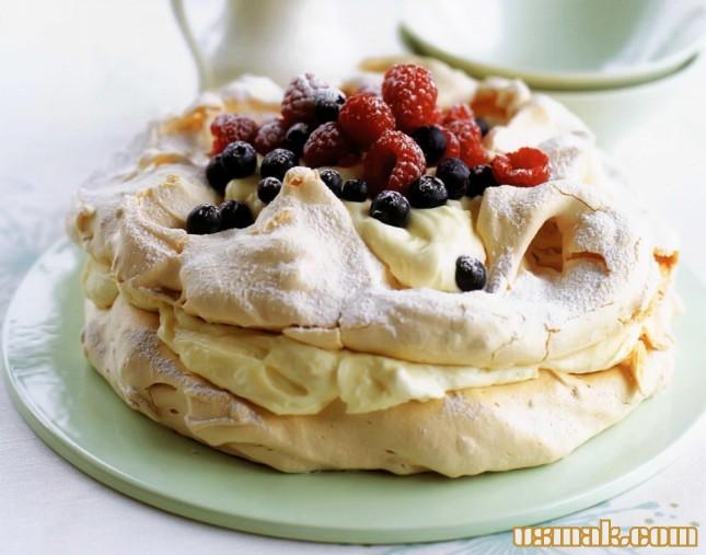 Рецепт Пирожное павлова и ягодами