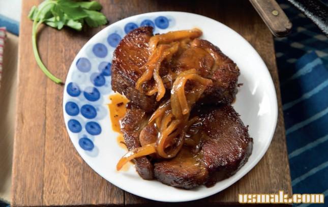 Рецепт Свинина в квасе с жареными помидорами
