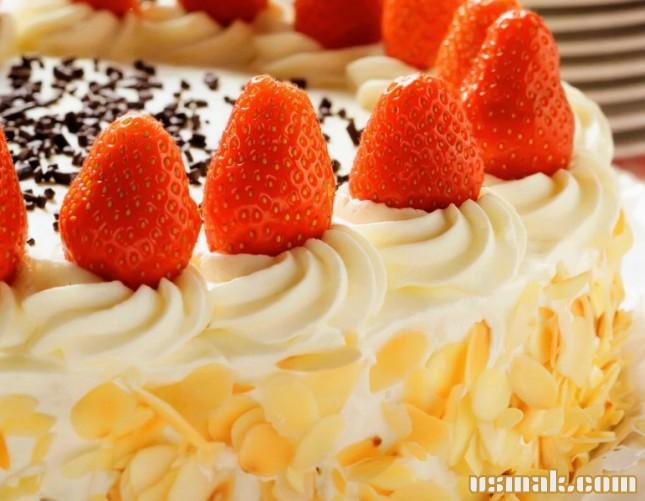 Рецепт Шоколадный торт с клубникой